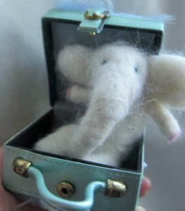 http://indigoinkcreations.blogspot.com/2014/01/needle-felted-white-elephant.html